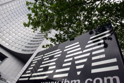 IBM avisa a sus clientes de que algunas de sus unidades USB contienen malware
