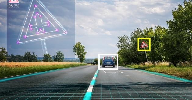 1503960287 386 vehiculos autonomos hackeados con falsas senales de trafico - Vehículos autónomos hackeados con falsas señales de tráfico