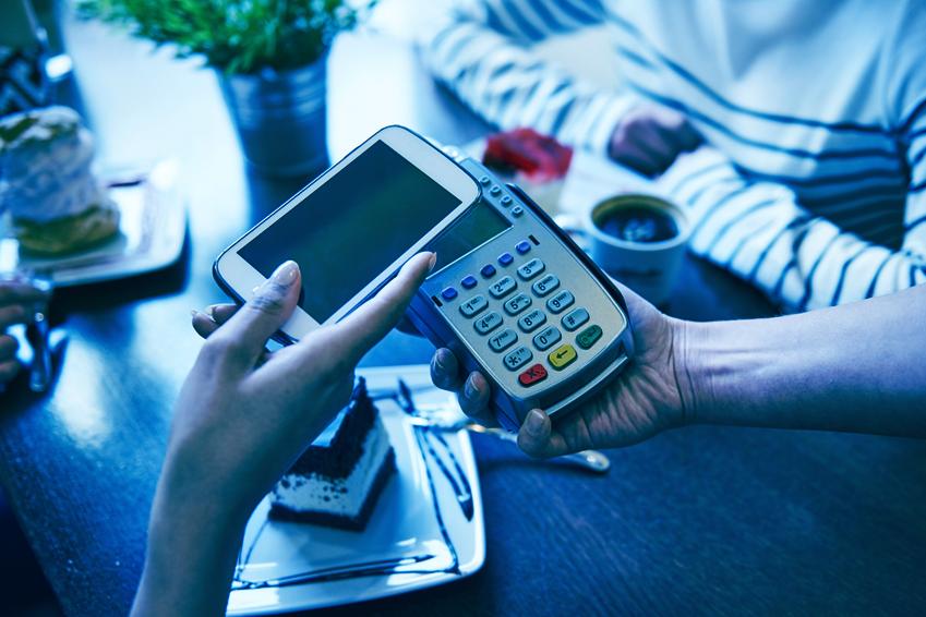 Paiement sans fil 1 - Généralisation du paiement sans contact et numérique : les précautions à prendre