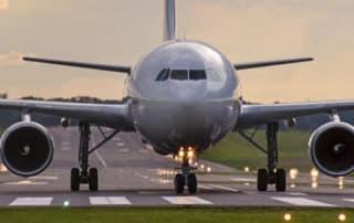 Terminaux électroniques interdits dans les avions. Les livres restent autorisés !