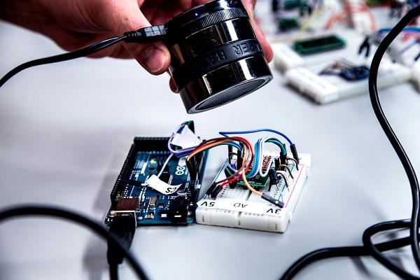 Les capteurs de smartphones piratables à l'aide d'ondes sonores ? Sécurité, Cyberattaques