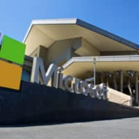"""Microsoft confirme le licenciement de """"plusieurs milliers"""" d'employés"""