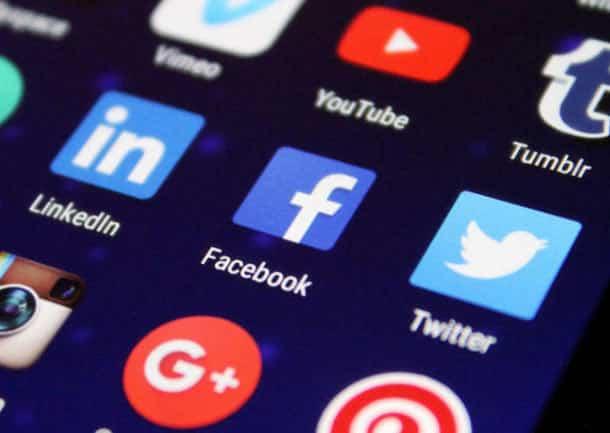 le guide secret de facebook sur le sexe la violence et les discours haineux revele - Le guide secret de Facebook sur le sexe, la violence et les discours haineux révélé