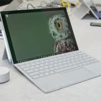 une surface pro pensee createurs avec dial et nouveau surface pen 200x200 - Surface Book 2 : un PC portable en avril, mais plus un hybride ?
