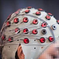 des chercheurs corrigent les erreurs dun robot avec lesprit 200x200 - Mabu, un robot pour assister les médecins dans le suivi des patients