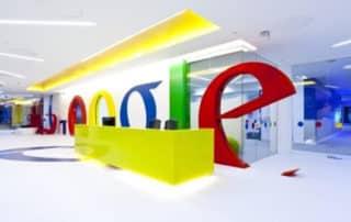"""Antitrust : Google """"respectueusement"""" en désaccord avec la Commission"""