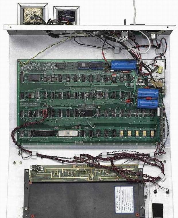 Un Apple-1 vendu à 355.000 dollars. Et il fonctionne ! PC, Apple