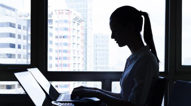Etes-vous plutôt télétravail ou bureau ? Cela dépend de votre âge RH, Priorités IT, Numérique, Collaboratif, Chiffres