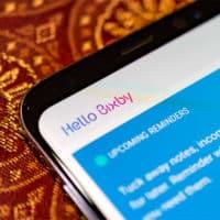 Samsung voit des assistants vocaux partout, dont un haut-parleur connecté