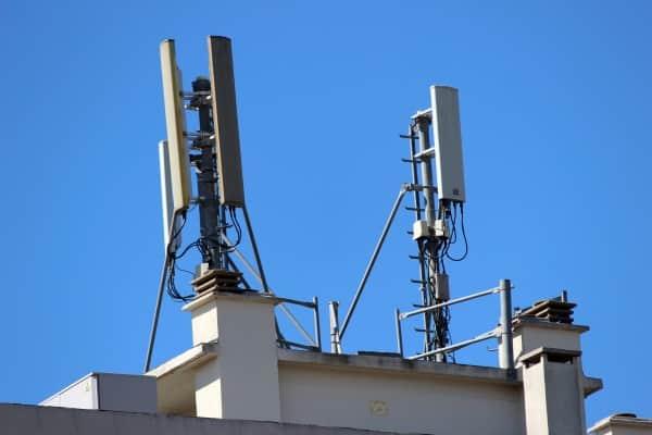 une faille au sein des reseaux 3g4g permettrait de localiser les telephones - Une faille au sein des réseaux 3G/4G permettrait de localiser les téléphones
